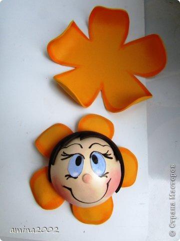 Добрый день! Предлагаю попробовать сделать веселый магнит на холодильник,у меня часто спрашивают -как я делаю куклы из фоамирана? В этом МК вы немного ознакомитесь с техникой изготовления изделий из фома. фото 28
