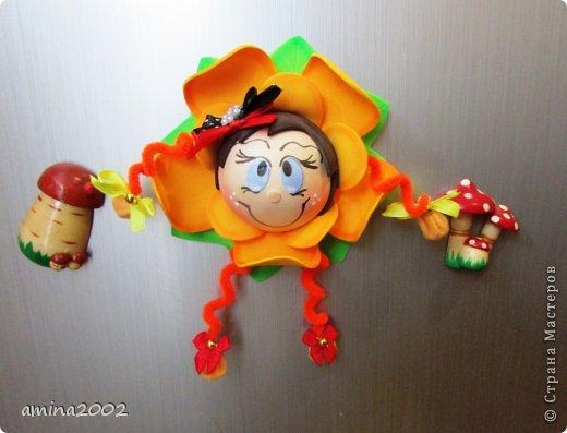 Добрый день! Предлагаю попробовать сделать веселый магнит на холодильник,у меня часто спрашивают -как я делаю куклы из фоамирана? В этом МК вы немного ознакомитесь с техникой изготовления изделий из фома. фото 39