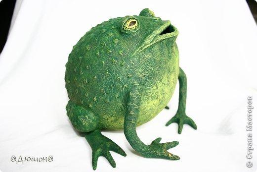 Как сделать лягушку из папье-маше своими руками