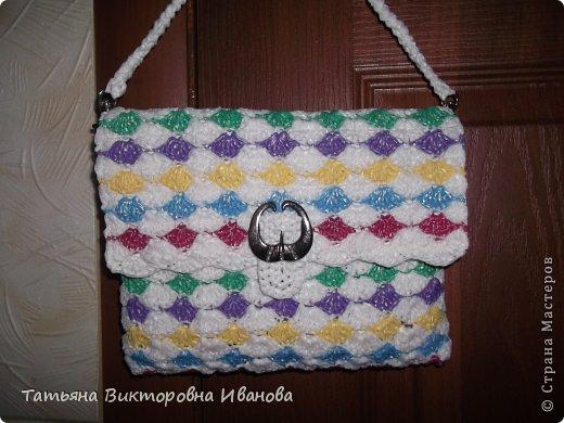 Здравствуйте, жители страны мастеров! Сегодня я вам представляю новую коллекцию сумок из полиэтиленовых пакетов. Первая сумка пляжная. фото 12