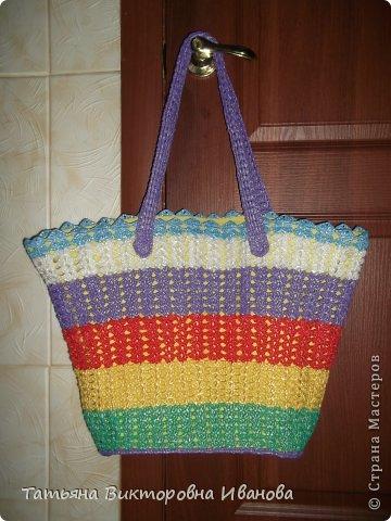Здравствуйте, жители страны мастеров! Сегодня я вам представляю новую коллекцию сумок из полиэтиленовых пакетов. Первая сумка пляжная.