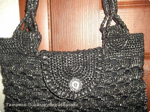 Здравствуйте, жители страны мастеров! Сегодня я вам представляю новую коллекцию сумок из полиэтиленовых пакетов. Первая сумка пляжная. фото 6