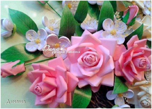 Добрый день! Хочу сегодня представить Вам мою новую работу: корзину наполненную розами и жасмином. Все цветочки сделаны в ручную до последней тычинки. Корзина - распечатка, листочки тоже. Размер картины в раме - 45 на 55 см. фото 7