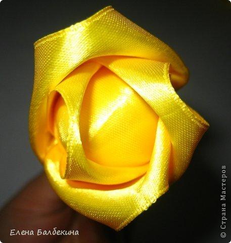 Мастер-класс Поделка изделие Цумами Канзаши Желтая роза подробный МК  Ленты Проволока фото 7
