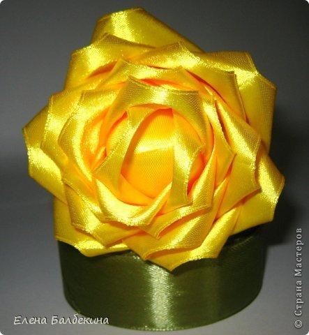 Мастер-класс Поделка изделие Цумами Канзаши Желтая роза подробный МК  Ленты Проволока фото 8
