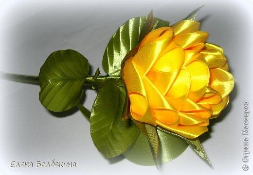 Мастер-класс Поделка изделие Цумами Канзаши Желтая роза подробный МК  Ленты Проволока фото 25