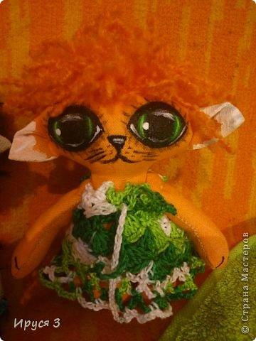 Давно не шила куколок , соскучилась очень -))) Это котята , сшила из льна , глазки нарисовала акриловыми красками -)))