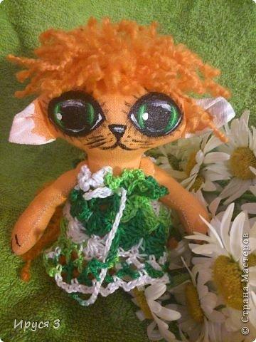 Давно не шила куколок , соскучилась очень -))) Это котята , сшила из льна , глазки нарисовала акриловыми красками -))) фото 4