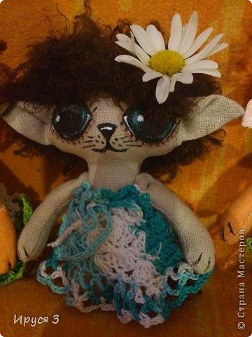Давно не шила куколок , соскучилась очень -))) Это котята , сшила из льна , глазки нарисовала акриловыми красками -))) фото 3