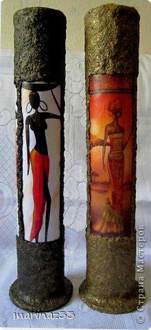 Добрый вечер!!! Сделала простенькие напольные вазы (по кругу приклеила по 3 длинных картинки 28х11см и оформила жидкими обоями)  фото 3
