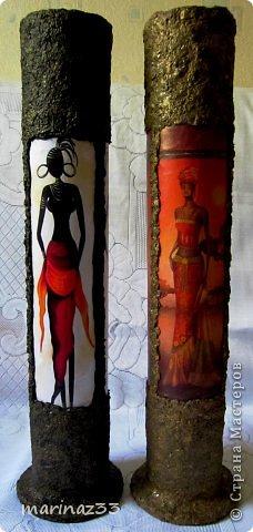 Добрый вечер!!! Сделала простенькие напольные вазы (по кругу приклеила по 3 длинных картинки 28х11см и оформила жидкими обоями)  фото 2