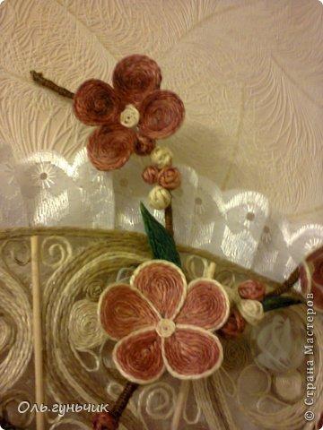 Привет всем Мастерам и Мастерицам!!! Вот и осуществилась моя очередная филигранная задумка))) Это Японский Веер с веточкой сакуры)))) Цветущая сакура символизирует молодость, обновление, внешнюю и внутреннюю красоту, любовь и верность. Веер считается талисманом вечной жизни. И вот такой талисман я себе накрутила))) Мне очень нравится, а вам? С веточной моя задумка, нигде такого не видела))) фото 49