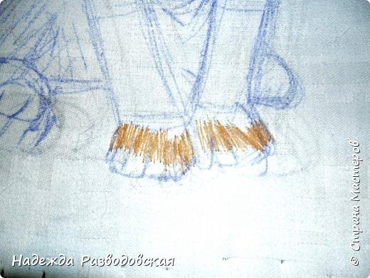 В данном мастер-классе по просьбам любителей вышивки я решила показать наглядно, как я вышиваю гладью синтетическими нитками - на примере кота Рыжика. Р.S.Дополнено 14.05.2015г. Обнаружила свой мастер класс по вышивке гладью кота Рыжика на сайте http://svoimi-rukami-club.ru/мастер-класс-по-вышивке-гладью-рыжего-кота/ с заретушированными и вырезанными логотипами сайта Страны Мастеров и своего ника без моего разрешения и без указания ссылки на сайт Страны Мастеров. Советую мастерам заглянуть на этот сайт и проверить, нет ли там ваших работ и мастер-классов, с которыми поступили точно также, как с моим МК по вышивке гладью кота Рыжика. фото 9
