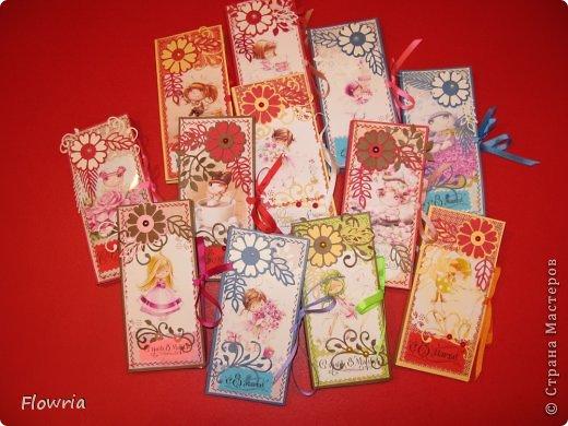В этом году был у меня заказ от школьников))) Подарочки для девочек - шоколадка в упаковке. фото 1