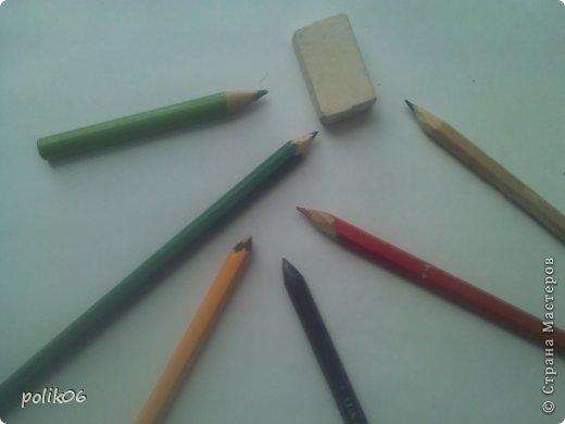 Сегодня я покажу, как я рисую этого прелестного зверька. Для тех, кто не знает – это герой популярной компьютерной игры Cut the Rope – Ам Ням (Om Nom). Он о-о-о-очень любит конфеты. фото 3