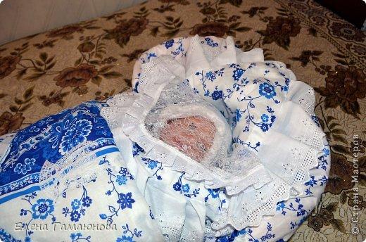 Доброго времени суток,дорогие рукодельницы. Скоро в нашей семье пополнение. Малыш родится в середине сентября и поэтому комплект осенний.В одеяле тонкий синтепон.  фото 11