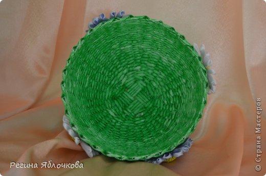 Здравствуйте уважаемые Мастера!!!Спешу поделиться с вами моими работами в июле.Эту вазу я решила сделать в технике канзаши.Моим домочадцам ваза очень понравилась. фото 3