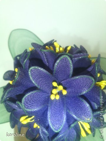 Это мой долгострой, 27 цветков, в каждом по 6 лепестков диаметром 1.5см, дней 5 я его делала и дня 2 собирала.Уф....    на предыдущие мои цветочки можно глянуть тут    https://stranamasterov.ru/node/771272      фото 4