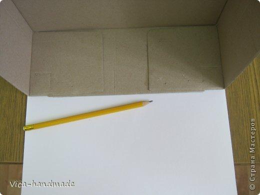 """Всем привет!!! Как я и обещала, выкладываю МК как я делаю свои """"домики"""" для альбомов. Альбом для этого комплекта можно посмотреть здесь http://stranamasterov.ru/node/796886 Как я сделала альбом, то есть МК здесь http://stranamasterov.ru/node/797400 На примере этого набора, я покажу как обтянуть тканью коробки двух видов: со снимающейся крышкой и с откидной крышкой. Т.е МК разделим на 2 варианта... Итак начнем... фото 11"""