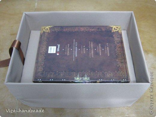"""Всем привет!!! Как я и обещала, выкладываю МК как я делаю свои """"домики"""" для альбомов. Альбом для этого комплекта можно посмотреть здесь http://stranamasterov.ru/node/796886 Как я сделала альбом, то есть МК здесь http://stranamasterov.ru/node/797400 На примере этого набора, я покажу как обтянуть тканью коробки двух видов: со снимающейся крышкой и с откидной крышкой. Т.е МК разделим на 2 варианта... Итак начнем... фото 52"""