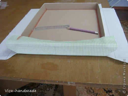 """Всем привет!!! Как я и обещала, выкладываю МК как я делаю свои """"домики"""" для альбомов. Альбом для этого комплекта можно посмотреть здесь http://stranamasterov.ru/node/796886 Как я сделала альбом, то есть МК здесь http://stranamasterov.ru/node/797400 На примере этого набора, я покажу как обтянуть тканью коробки двух видов: со снимающейся крышкой и с откидной крышкой. Т.е МК разделим на 2 варианта... Итак начнем... фото 74"""