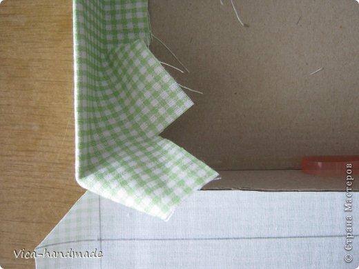 """Всем привет!!! Как я и обещала, выкладываю МК как я делаю свои """"домики"""" для альбомов. Альбом для этого комплекта можно посмотреть здесь http://stranamasterov.ru/node/796886 Как я сделала альбом, то есть МК здесь http://stranamasterov.ru/node/797400 На примере этого набора, я покажу как обтянуть тканью коробки двух видов: со снимающейся крышкой и с откидной крышкой. Т.е МК разделим на 2 варианта... Итак начнем... фото 76"""