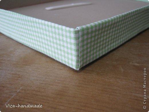"""Всем привет!!! Как я и обещала, выкладываю МК как я делаю свои """"домики"""" для альбомов. Альбом для этого комплекта можно посмотреть здесь http://stranamasterov.ru/node/796886 Как я сделала альбом, то есть МК здесь http://stranamasterov.ru/node/797400 На примере этого набора, я покажу как обтянуть тканью коробки двух видов: со снимающейся крышкой и с откидной крышкой. Т.е МК разделим на 2 варианта... Итак начнем... фото 85"""
