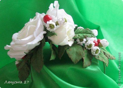 Девочки, на этот раз я с розами, никак не отпускают :-) Вот такая брошь. фото 5