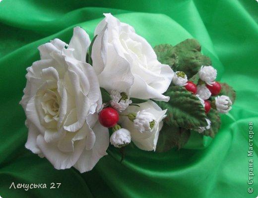 Девочки, на этот раз я с розами, никак не отпускают :-) Вот такая брошь. фото 4