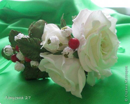 Девочки, на этот раз я с розами, никак не отпускают :-) Вот такая брошь. фото 6