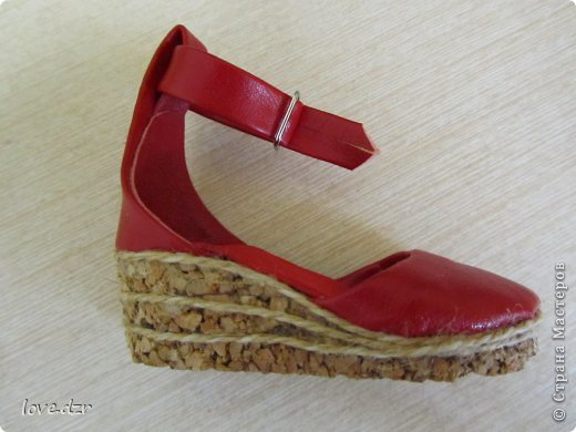 Еще один мк по созданию обуви для кукол. фото 38