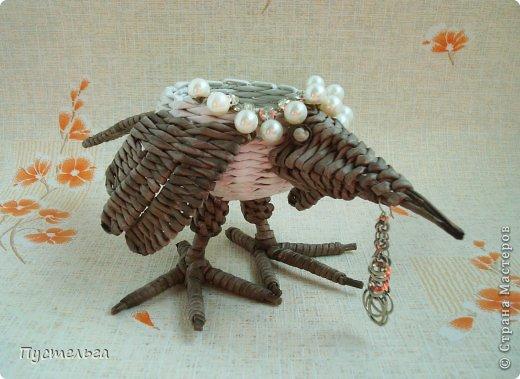Мастер-класс Поделка изделие Плетение Сорока ворона Бумага Трубочки бумажные фото 21