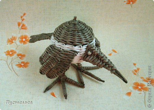 Мастер-класс Поделка изделие Плетение Сорока ворона Бумага Трубочки бумажные фото 22