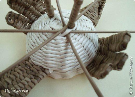 Мастер-класс Поделка изделие Плетение Сорока ворона Бумага Трубочки бумажные фото 13