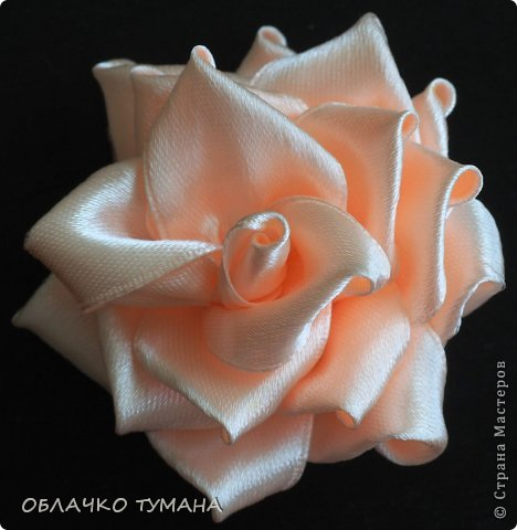 Мастер-класс Украшение Цумами Канзаши РОЗОЧКА КАНЗАШИ Ленты фото 22