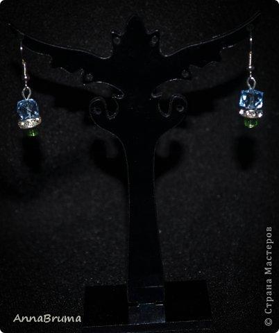 """Серьги """"Радужное сердце"""" Стразы- подвески Сваровски, металлическая фурнитура  фото 3"""