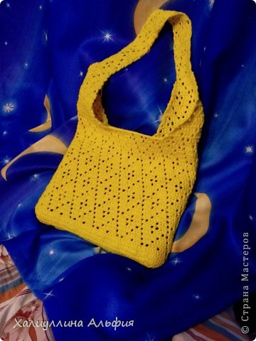 Вот такая цыплячье-желтая сумка у меня получилась. фото 3