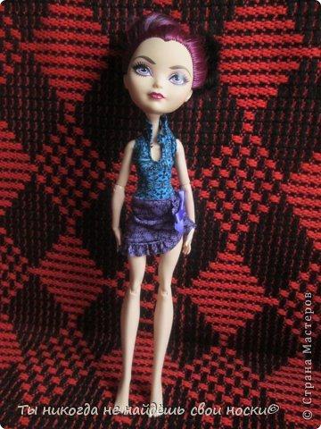 """Совсем недавно, в 2013 году появились новые куклы-Ever After High """" Школа """"Долго и Счастливо"""" """" Производитель у них один-"""" Mattel """" И сейчас мы их сравним. Первое, что я заметила- ЕАХ тяжелее МХ. фото 9"""