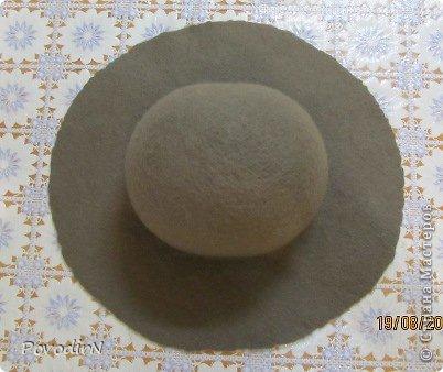 Шляпка (56 размер) с широкими полями на плоском шаблоне. фото 24