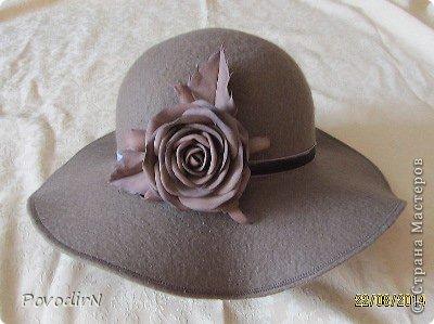 Шляпка (56 размер) с широкими полями на плоском шаблоне. фото 30