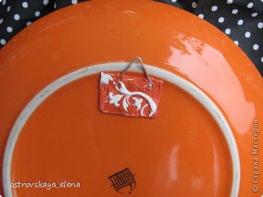 Сегодня хочу поделиться с Вами тем, как я делаю приспособления на декоративных тарелочках для крепления их к стене.... фото 12
