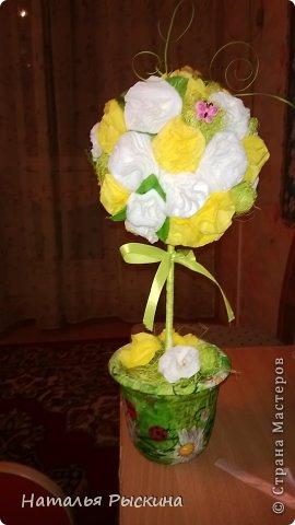 Топиарушка для сестренки на день рождения!Розы из атласной ленты шириной 2.5 см фото 2