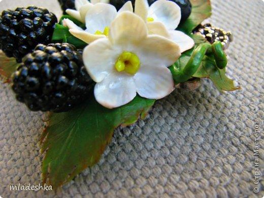 Всем привет!!! ручки чешутся,вот сделала подвеску для кумы....она ягодки всякие любит...... вообщем смотрите и оценивайте.... фото 6