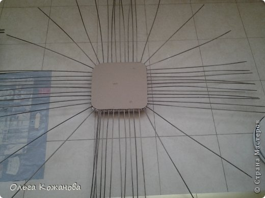 Мастер-класс Плетение МК Плетем пуфик из бумажных трубочек Бумага фото 7