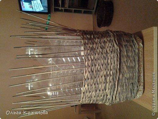Мастер-класс Плетение МК Плетем пуфик из бумажных трубочек Бумага фото 11