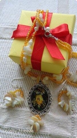 Наборы бусин, сухих цветов и бисером фото 2