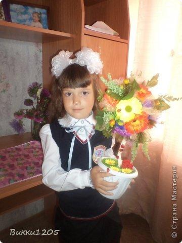 Вот такой топиарий у нас получился в подарок нашей первой учительнице ))) В этом году мы первоклашка )))
