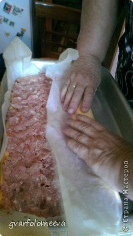 400 грамм сыра 4 яйца 150 грамм майонеза 400 грамм фарша чуть чуть посолить фото 9