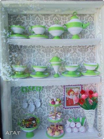 Всем - Здравствуйте! У меня опять - мини шкафчик с посудой.  Сделала я его для своей свахи. Думаю, что он ей понравится. фото 8