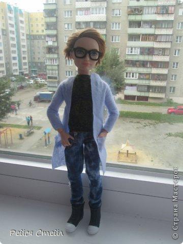 Привет всем! Я наверно единственная кто не сшил школьную форму для кукол... Но , зато я сшила другие наряды. А какие смотрим ниже▼ фото 1